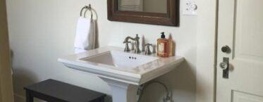 Kate Parker Oliver Bedroom, Milton Parker Home, Luxury B&B in Bryan, TX